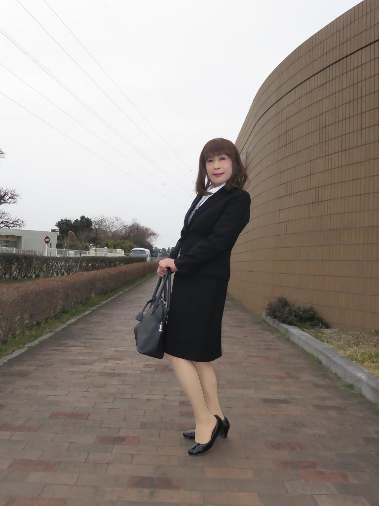OL黒スーツ (3)