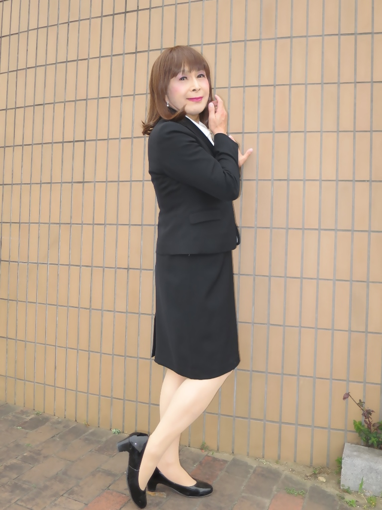 OL黒スーツ (8)