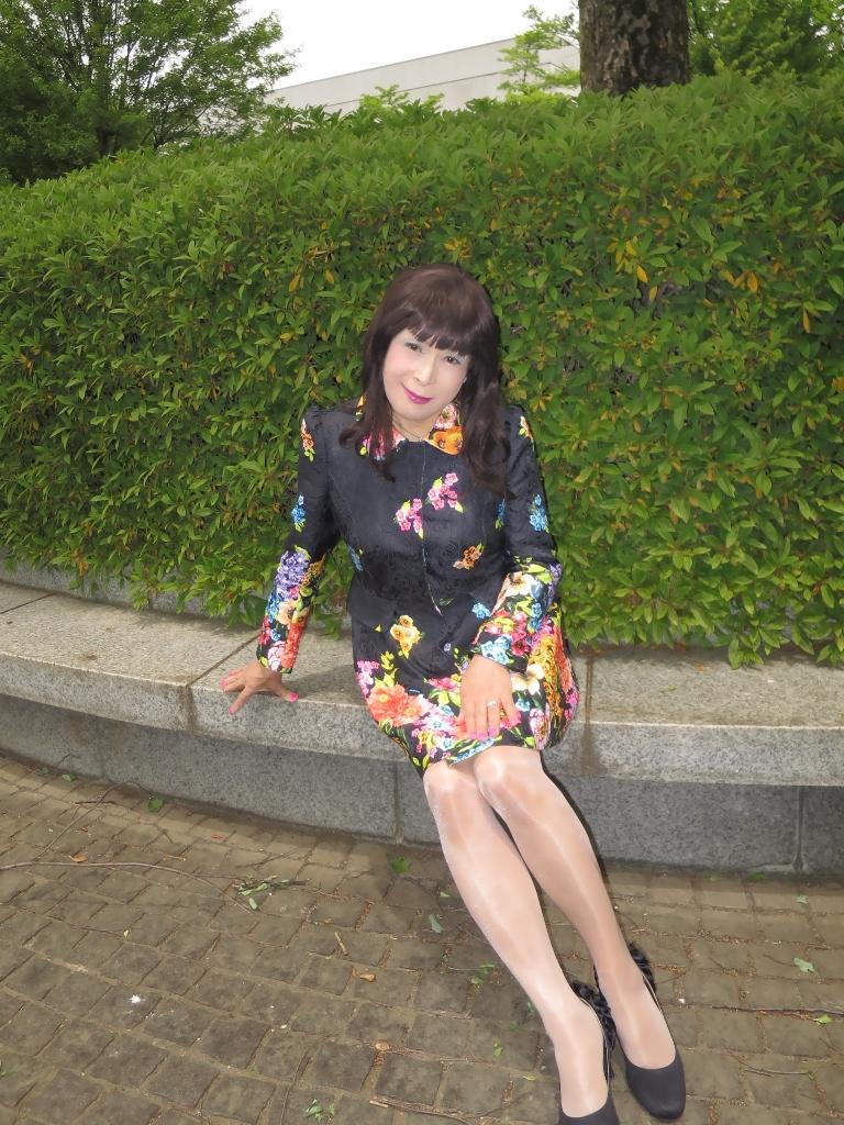 黒地花柄ミニワンピE(7)