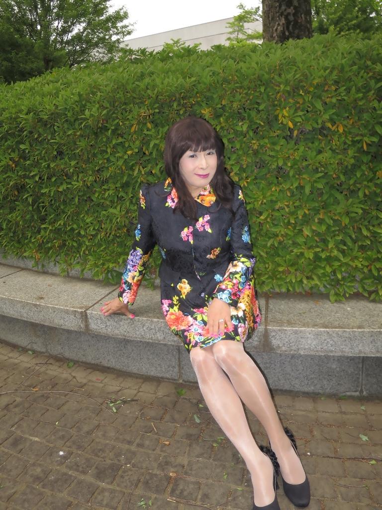 黒地花柄ミニワンピE(8)