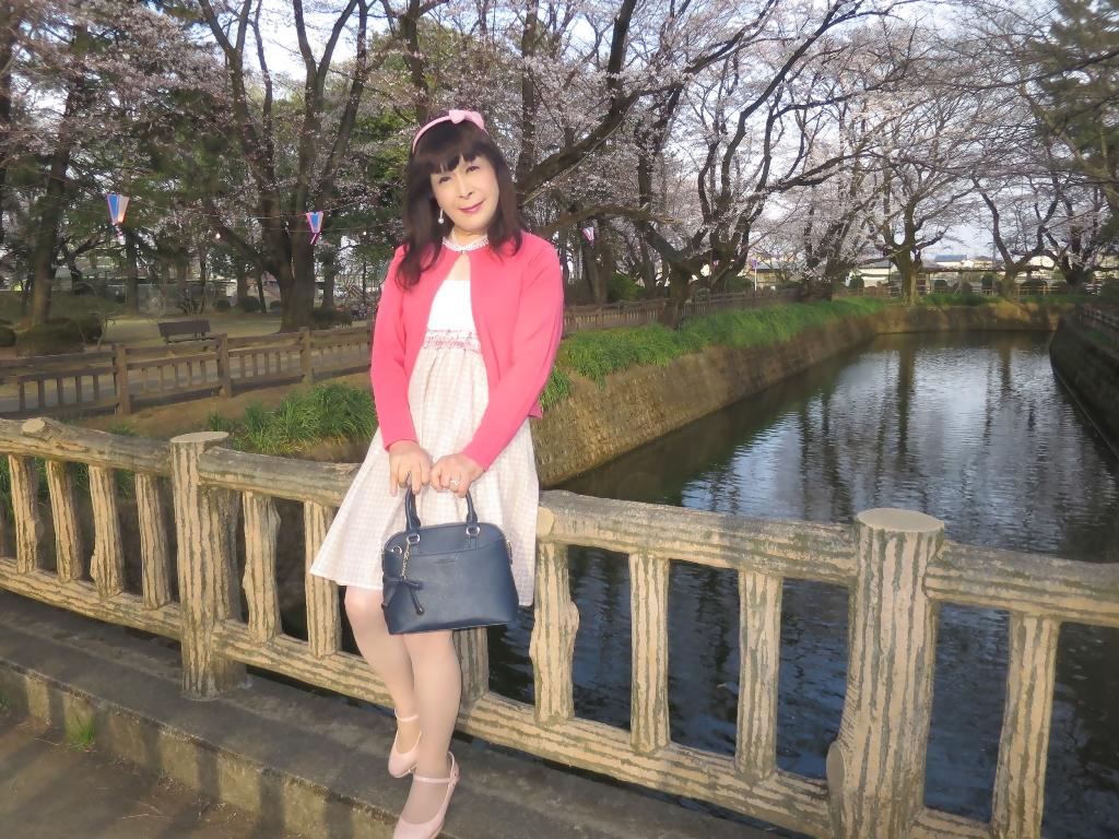 ワンピとピンクカーデD(8)