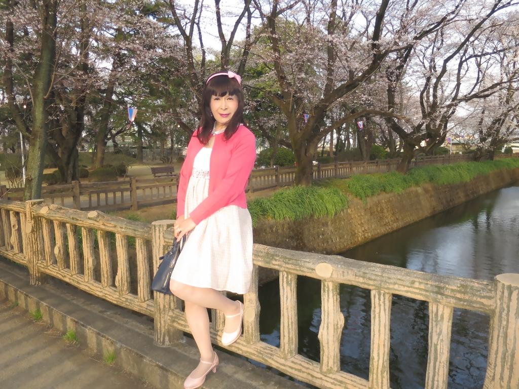 ワンピとピンクカーデD(9)