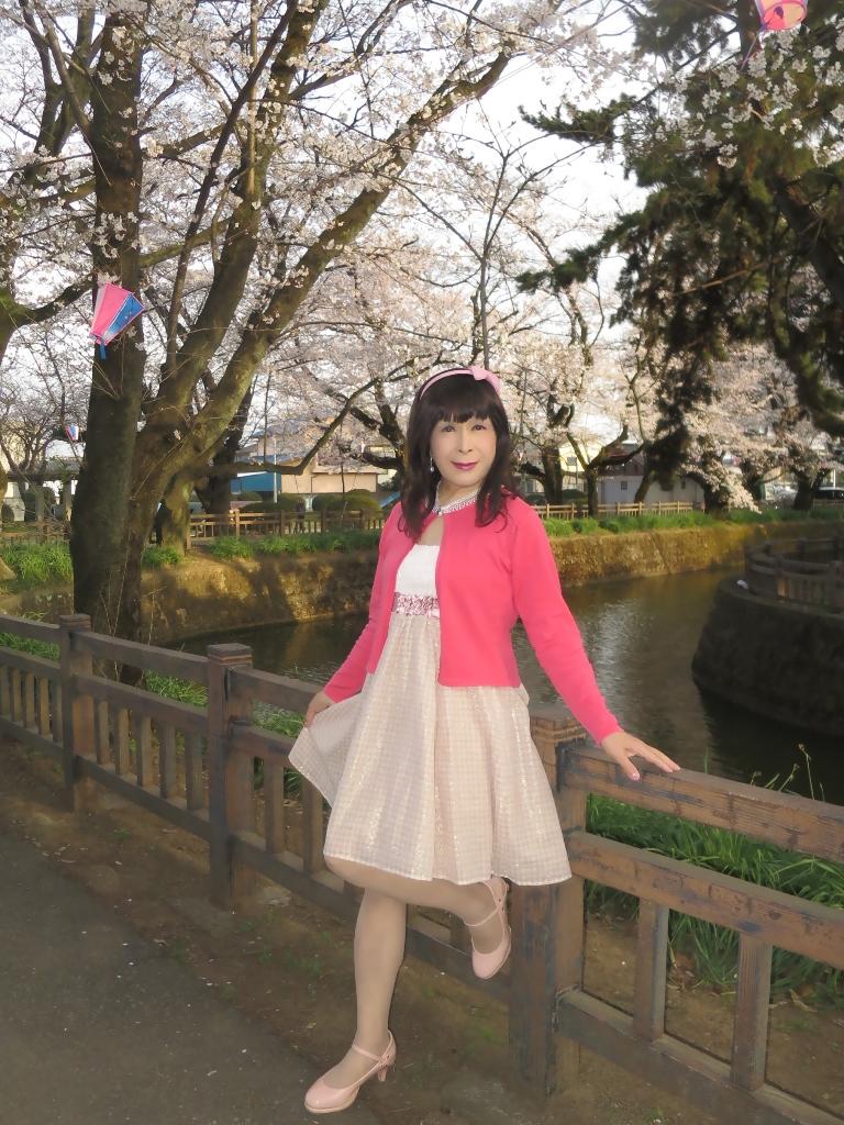 ワンピとピンクカーデC(6)