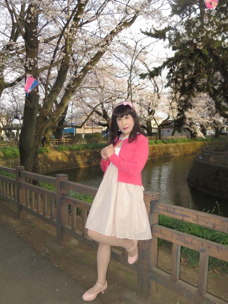 ワンピとピンクカーデC(8)