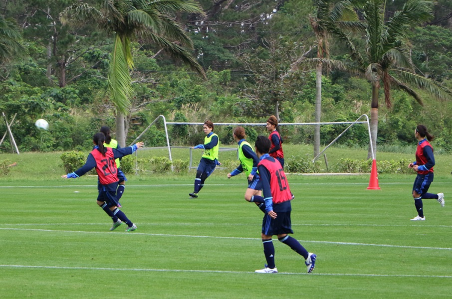 石垣島の第1次キャンプは、3日目から紅白戦。チーム作りは、スタートダッシュに成功した。