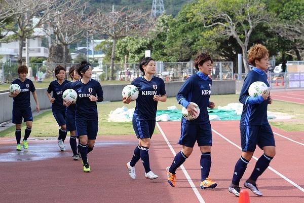 男子はU-23選手権として開催されたが、女子は純粋な五輪予選。ボールはアディダス製になる。