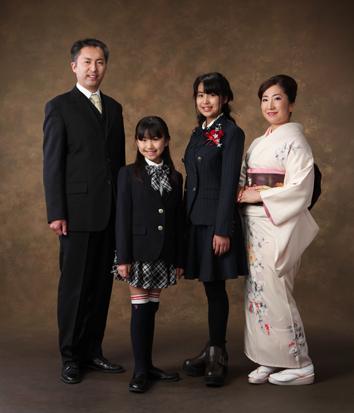 卒業写真家族