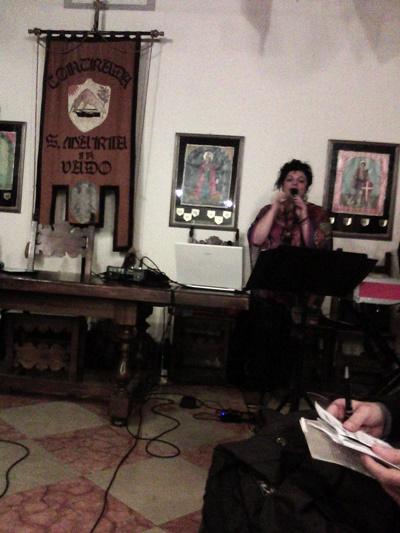 moda ferrara - the singer