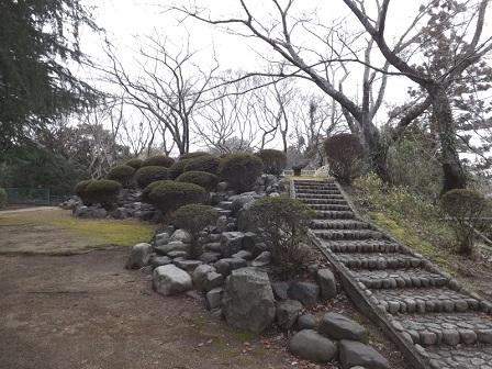 21伊勢の城めぐりの旅(亀山城本丸三重櫓跡)