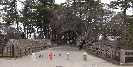 28伊勢の城めぐりの旅(津城跡西ノ丸入口)