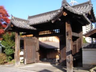 篠津神社表門
