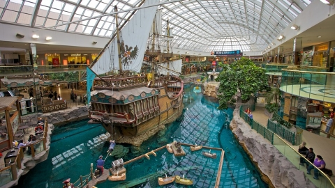 West-Edmonton-Mall-33924.jpg