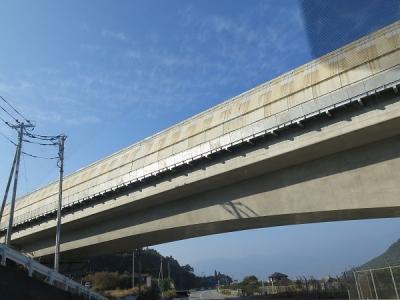 山梨 リニアの線路?