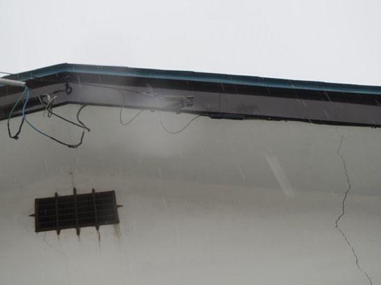 雪と風(?)による通信障害