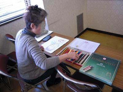 色鉛筆で描く受講生さん