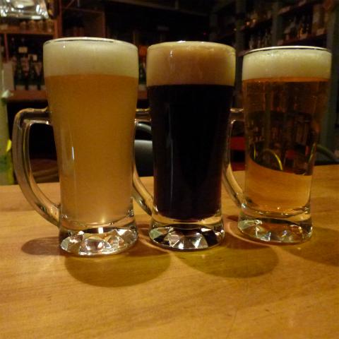 ビール呑み比べ (2)s480