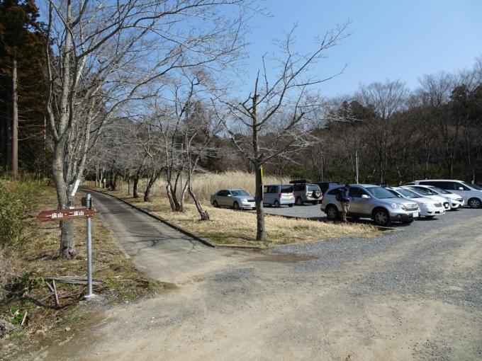 鹿島神社駐車場