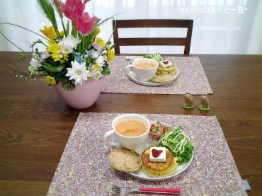 キヌアサラダとにんじんとりんごの甘酒ハニースープ2