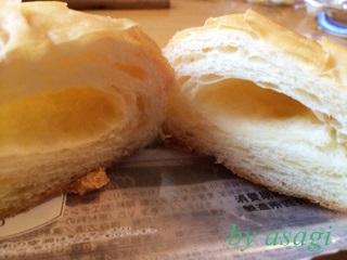 塩バターパン中身