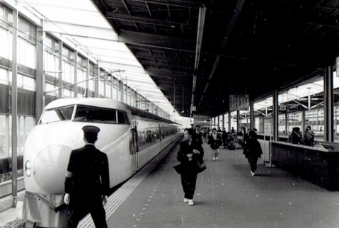 京都駅 新幹線ホーム 1965