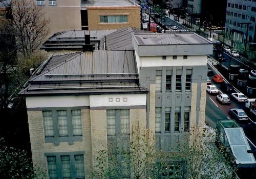 道立文書館別館 2002