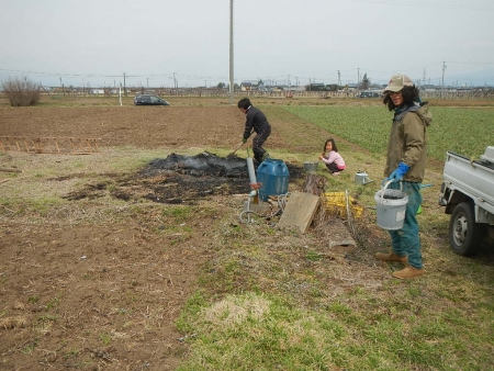 竹炭作り (1)