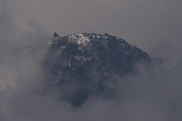 地蔵ヶ岳のオベリスク-01
