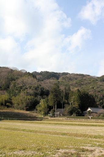 能呂志神社と高野寺山