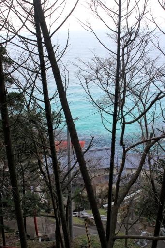 田々神社から見た美保の集落