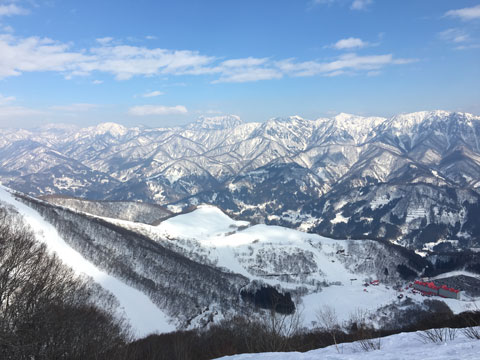 稗田山尾根コースからの眺め