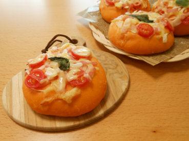 201603 トマトのパン①
