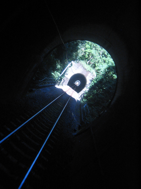 tunnel1