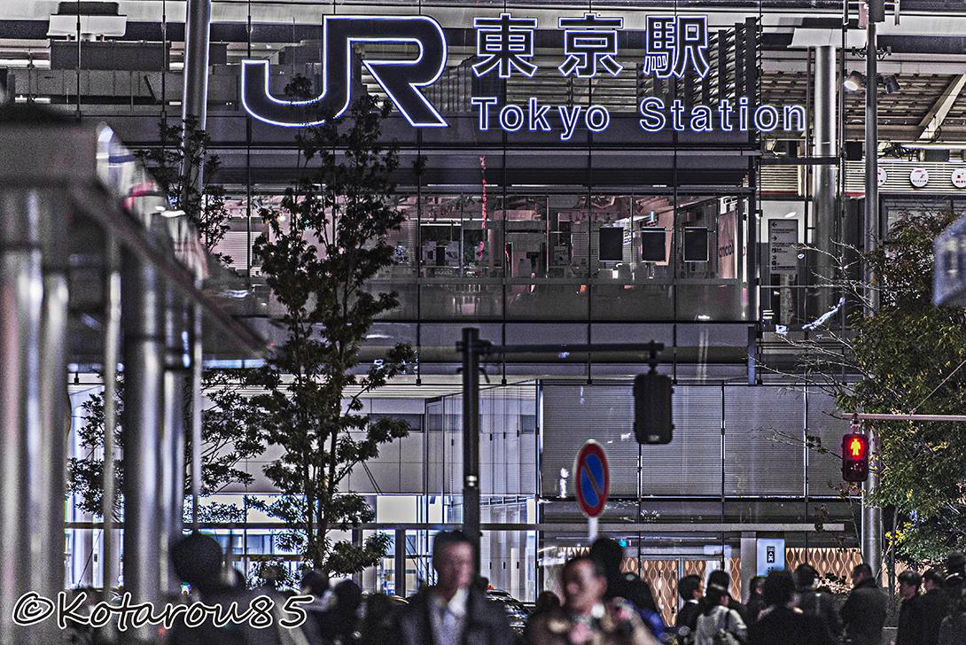 金曜日の東京駅1 20160221