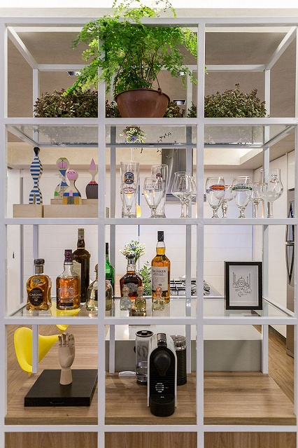 Metal-and-glass-open-shelf-with-custom-design.jpg
