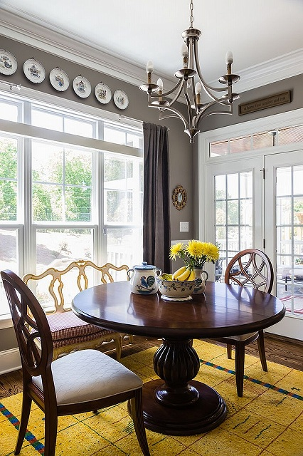 Small-and-stylish-dining-room-in-gray-with-a-dash-of-yellow.jpg