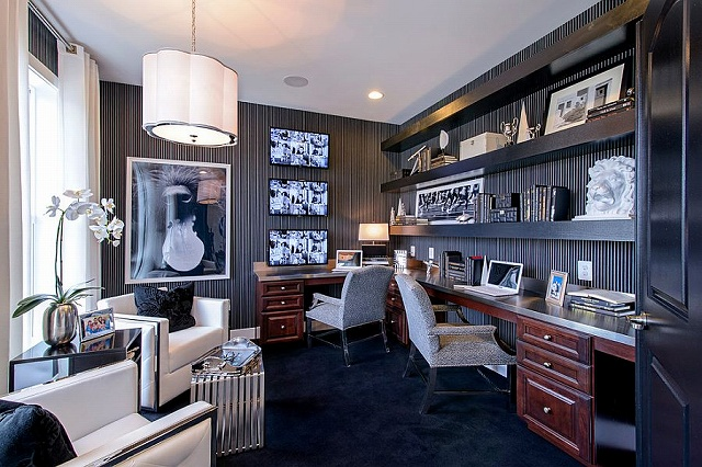Striped-wallpaper-sets-the-mood-in-this-glamorous-home-office.jpg