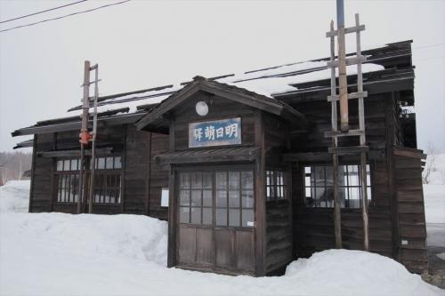 明日萌駅 (2)_R