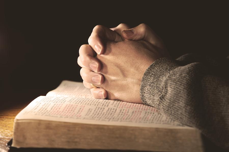 praying-hands.png