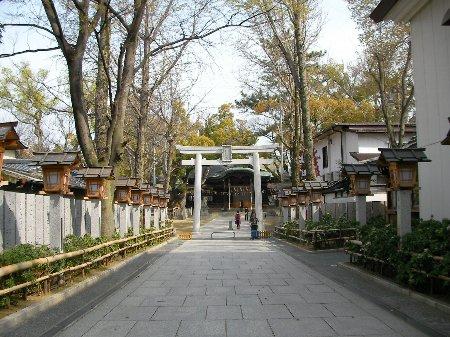 201603310744石切神社⑩-1