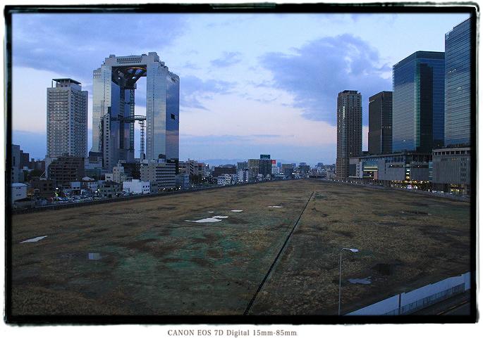梅田スカイビル1601ooska010.jpg