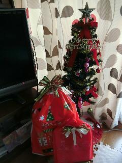 2015クリスマスツリーの下のプレゼント
