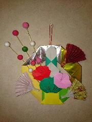 折り紙で正月飾り