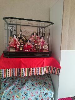 雛人形飾り付け 3歳