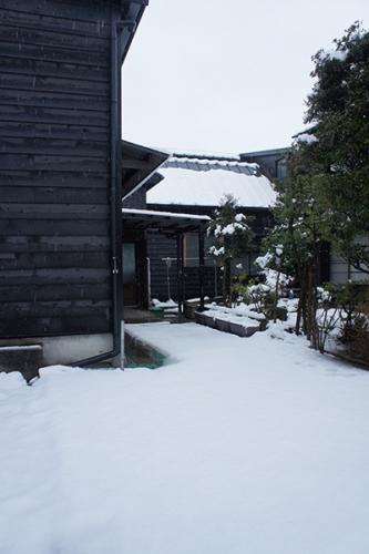 初雪2016_牧禎舎