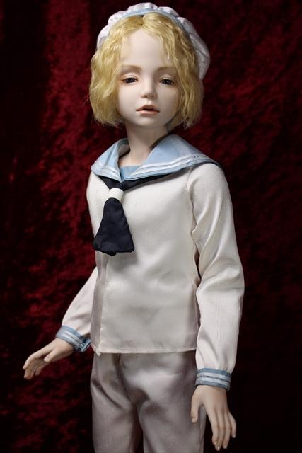 蒼い瞳の少年セーラー服 (美少年人形が作りたくい)