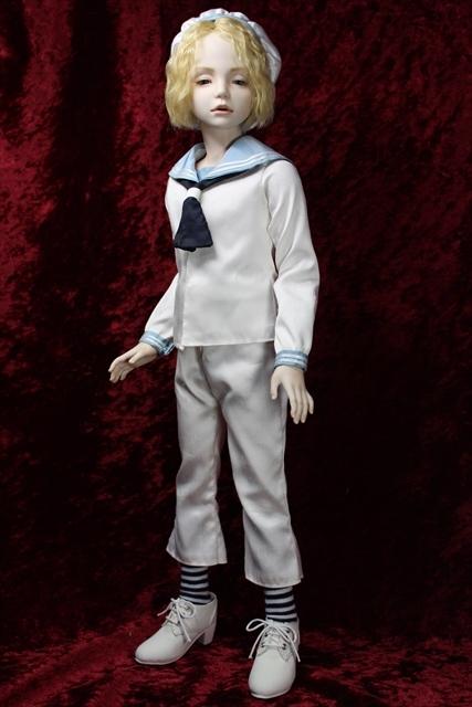 蒼い瞳の少年セーラー服 (美少年人形が作りたくて)