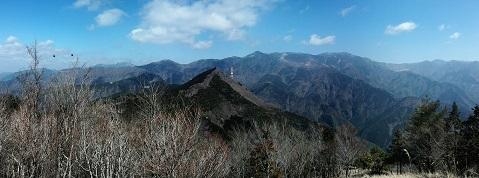 13 大峰山系パノラマ写真 縮小