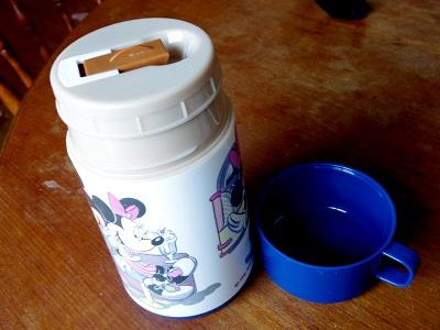 アラジン 水筒 ミッキー