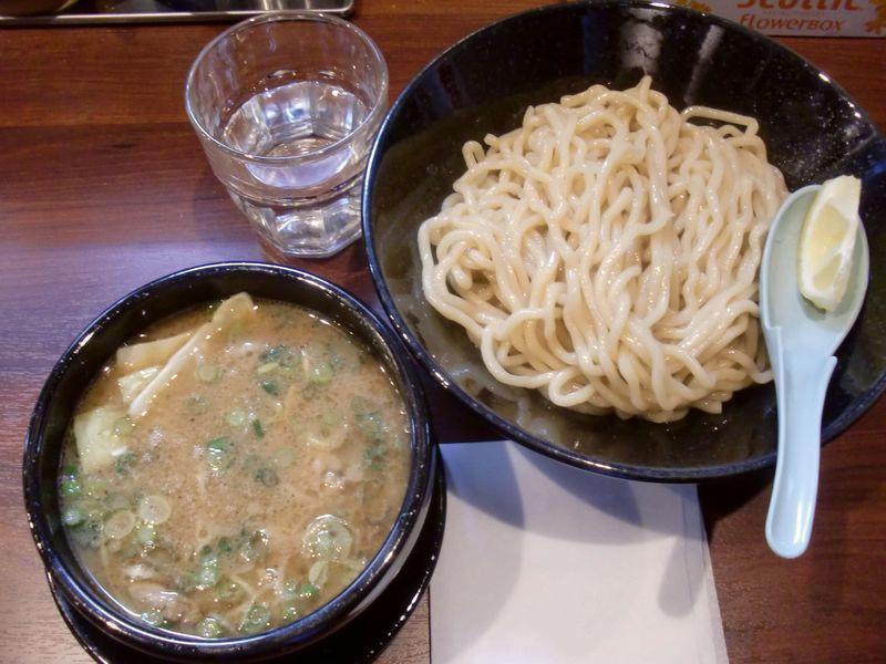 ちっちょ@渋谷・20160331・ホルモンつけ麺