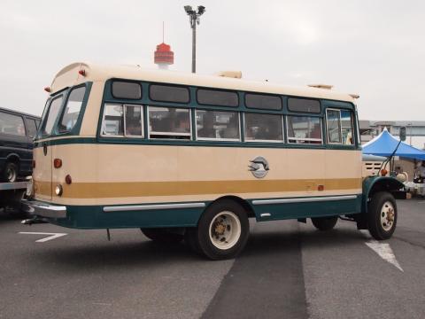いすゞTSD40ボンネットバス